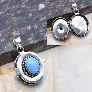 Jewelry - Opal Poison/Pill 925 Silver Pendant